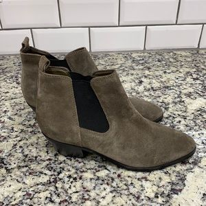 Marc Fisher Ignite Suede Pointed Toe Ankle Boot 9M
